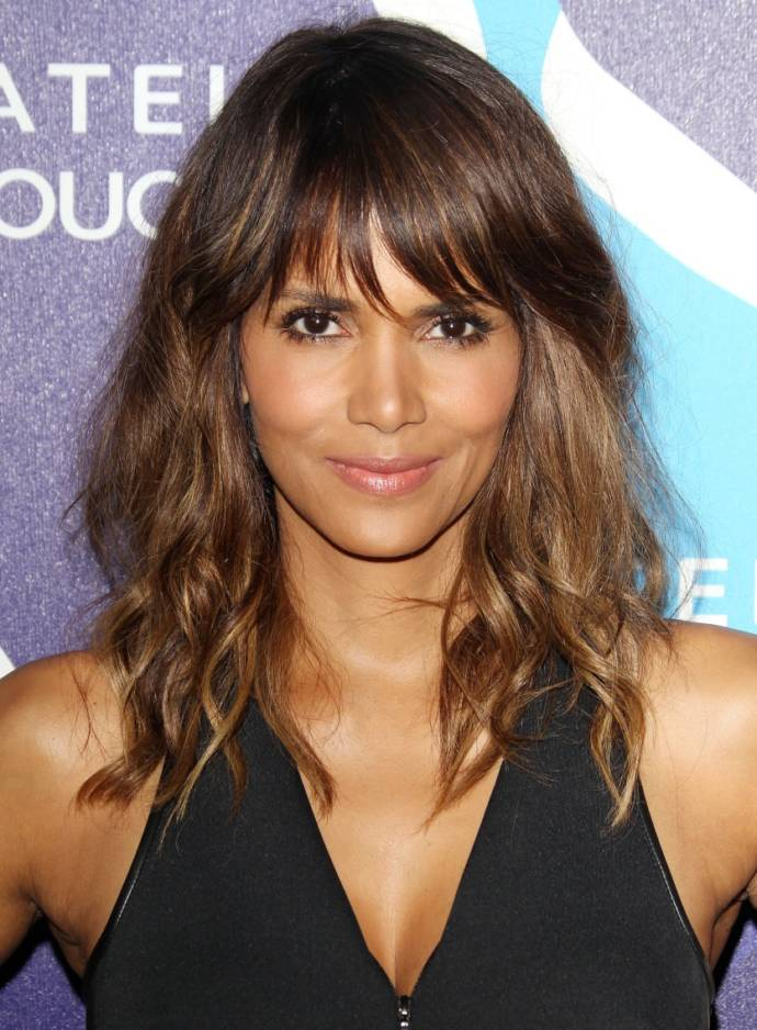 Hairstyles bangs faces for oval with short Best Short