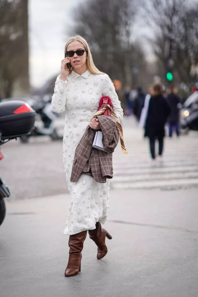 Maxi dress with slouchy boots