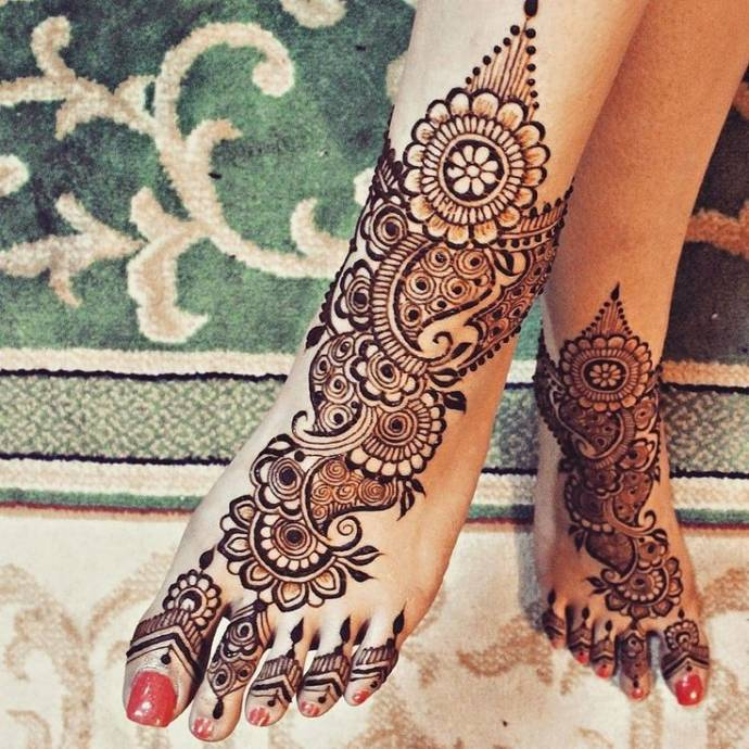 15 Arabic Mehandi Designs For Full Legs With Pictures