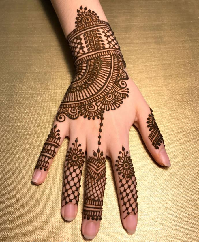 Best Stylish And Fashionable Mehndi Designs Easy And Trending Mehndi,Short Black Female Fade Haircut Designs