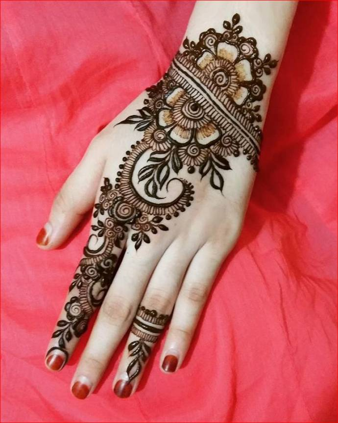 Latest Bridal Mehendi Henna Designs For Wedding