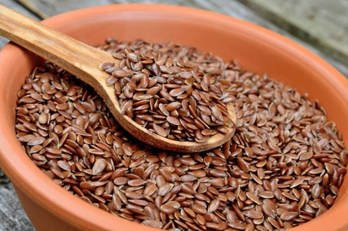 Flax seeds clears fats in liver