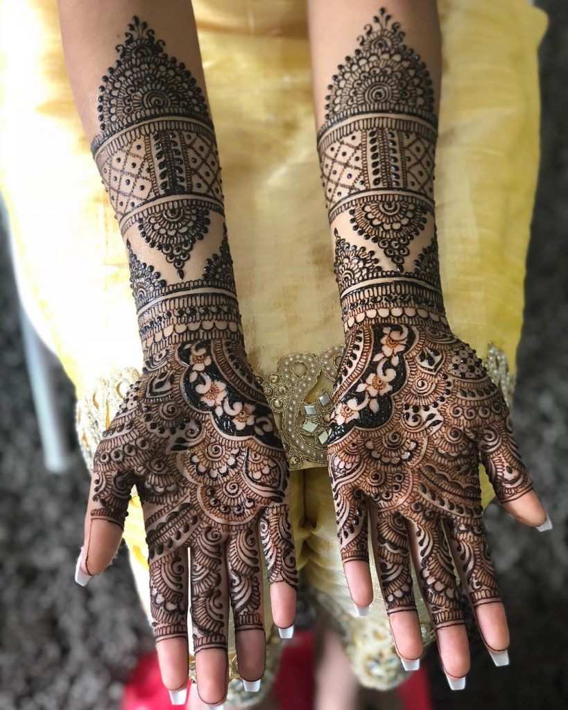 Delicate Intricately Done Rajasthani Bridal Mehndi