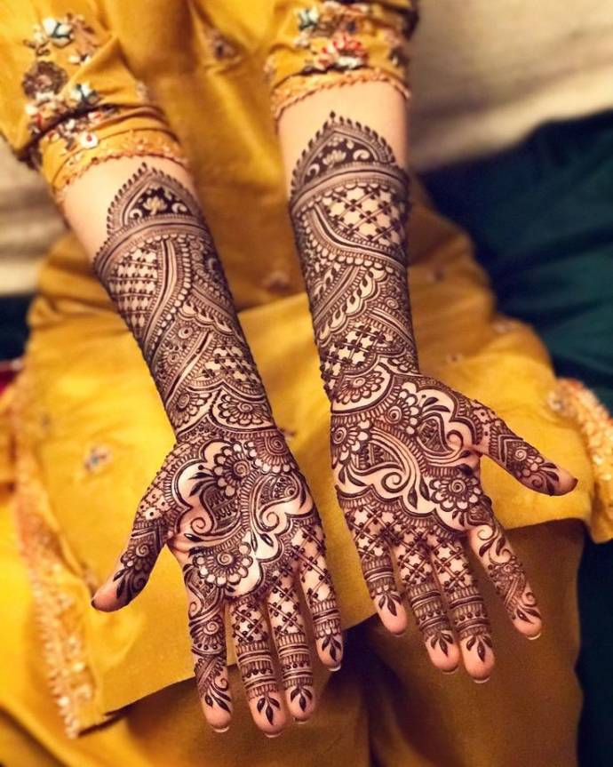 Dots and Flowers Full Hand Bridal Henna
