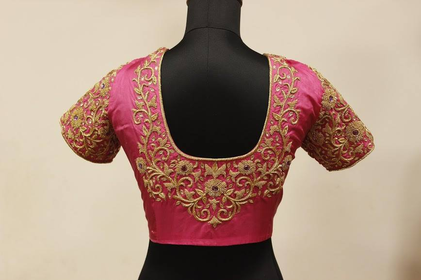 Flower creeper maggam design on blouse