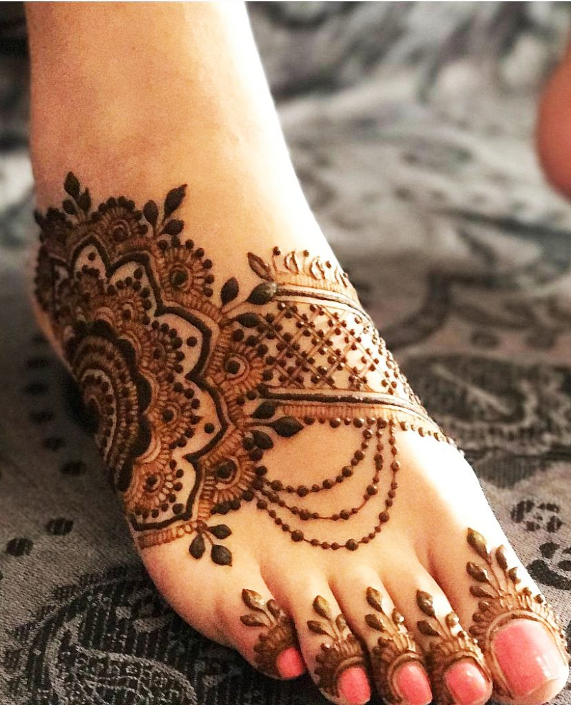 Grand Flower Mehndi Design