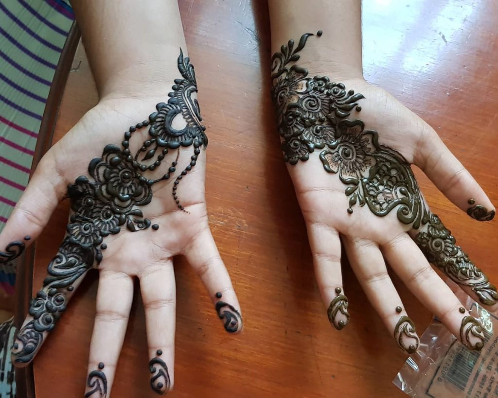 Palm Mehndi Design