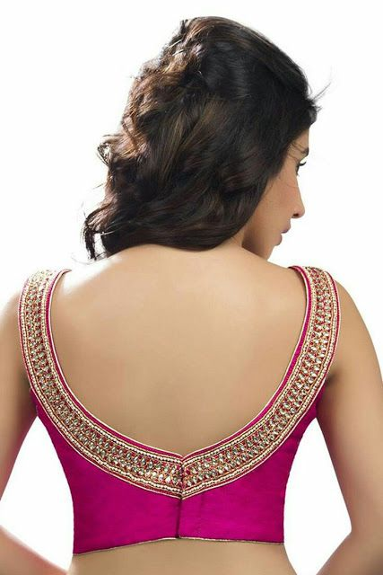 Simple broad V neck cut out with golden lace border