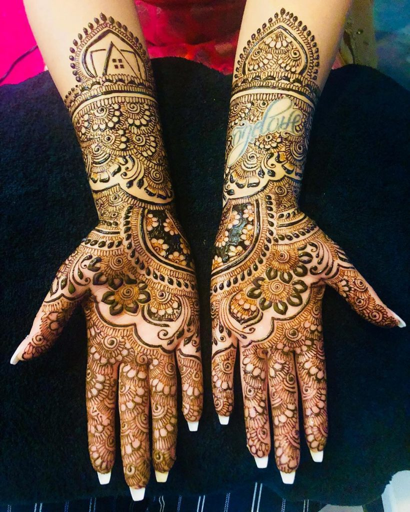 The Clutter Free Traditional Bridal Full Hands Mehndi