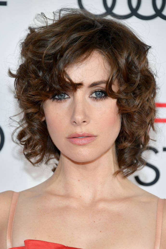 Latest curly hairstyles & haircuts for women 2019 - Beauty ...