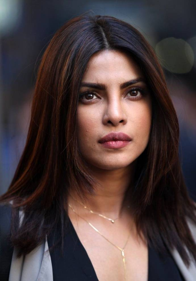 Latest Priyanka Chopra Hairstyles Haircuts 2019 Beauty Health Tips
