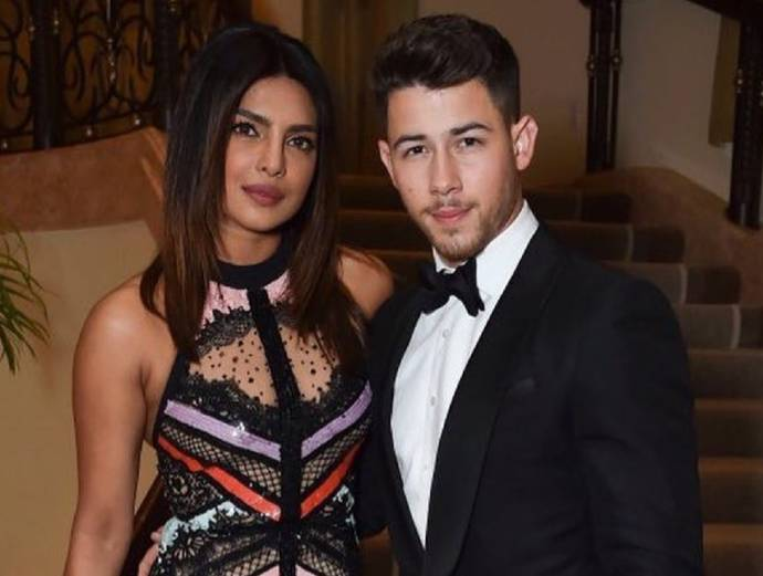 Priyanka Chopra and Nick Jonas can't keep up with their wedding either1