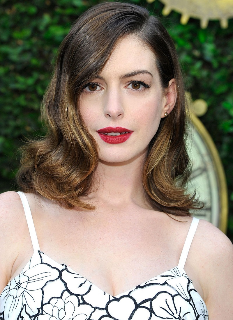Shoulder Length Hairstyles for Females