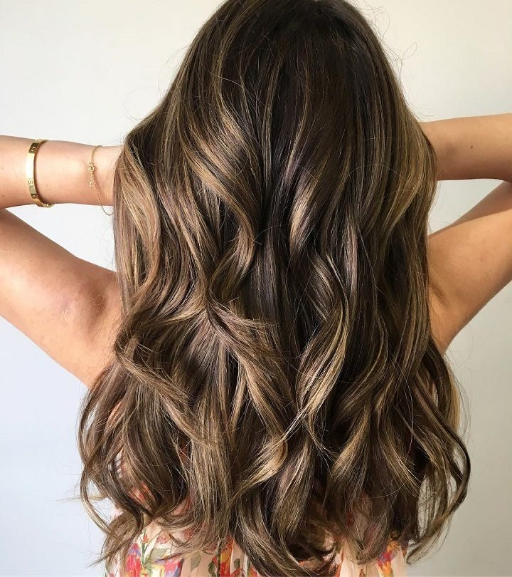 Best Medium Length Hairstyles & Haircuts with Highlights